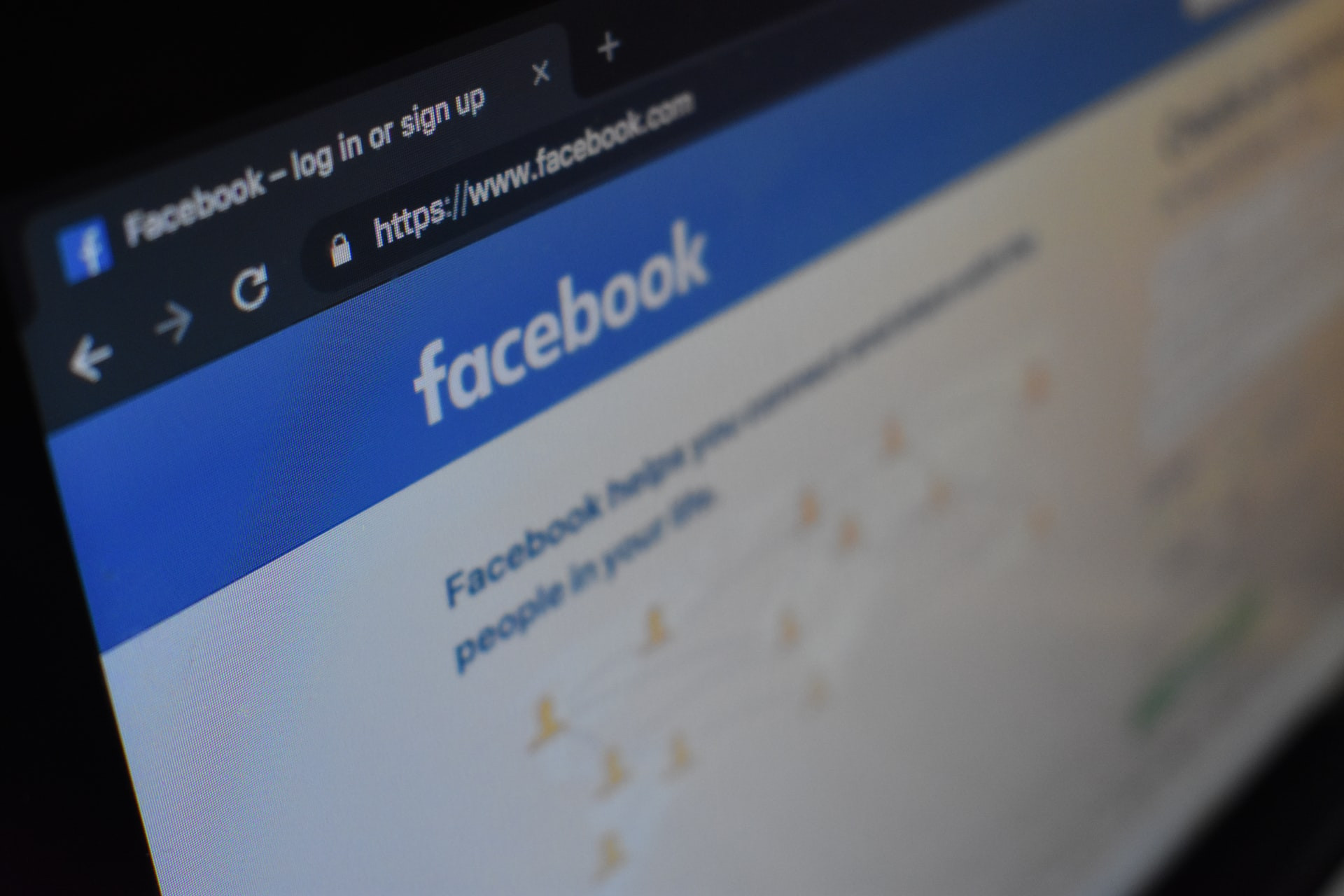 Facebook Advertising Do's and Don'ts for New Businesses